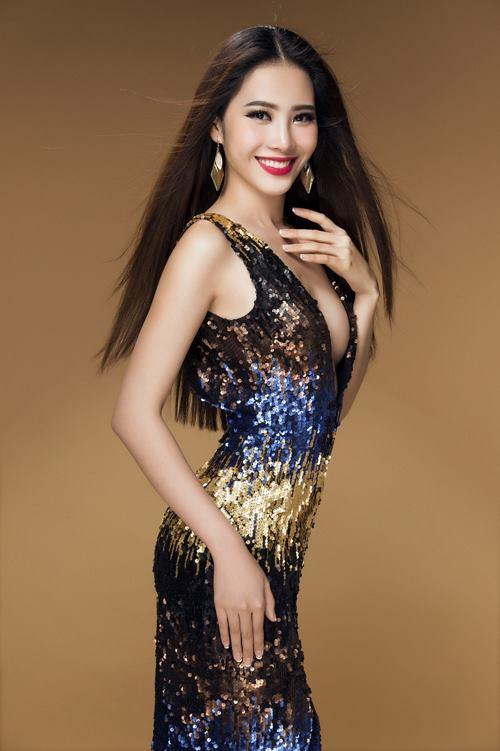 """Nam Em """"nóng từng cm"""" trước khi thi Hoa hậu Trái đất - 3"""