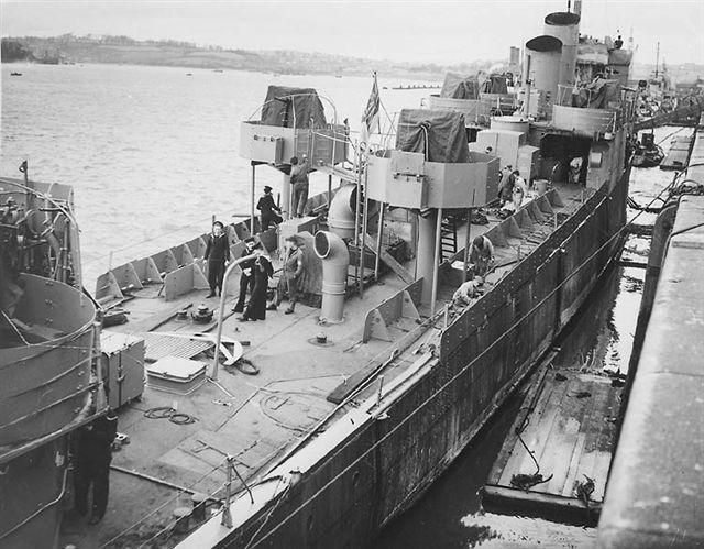 Trận đánh vĩ đại của 600 đặc nhiệm Anh vào cảng biển Đức - 2