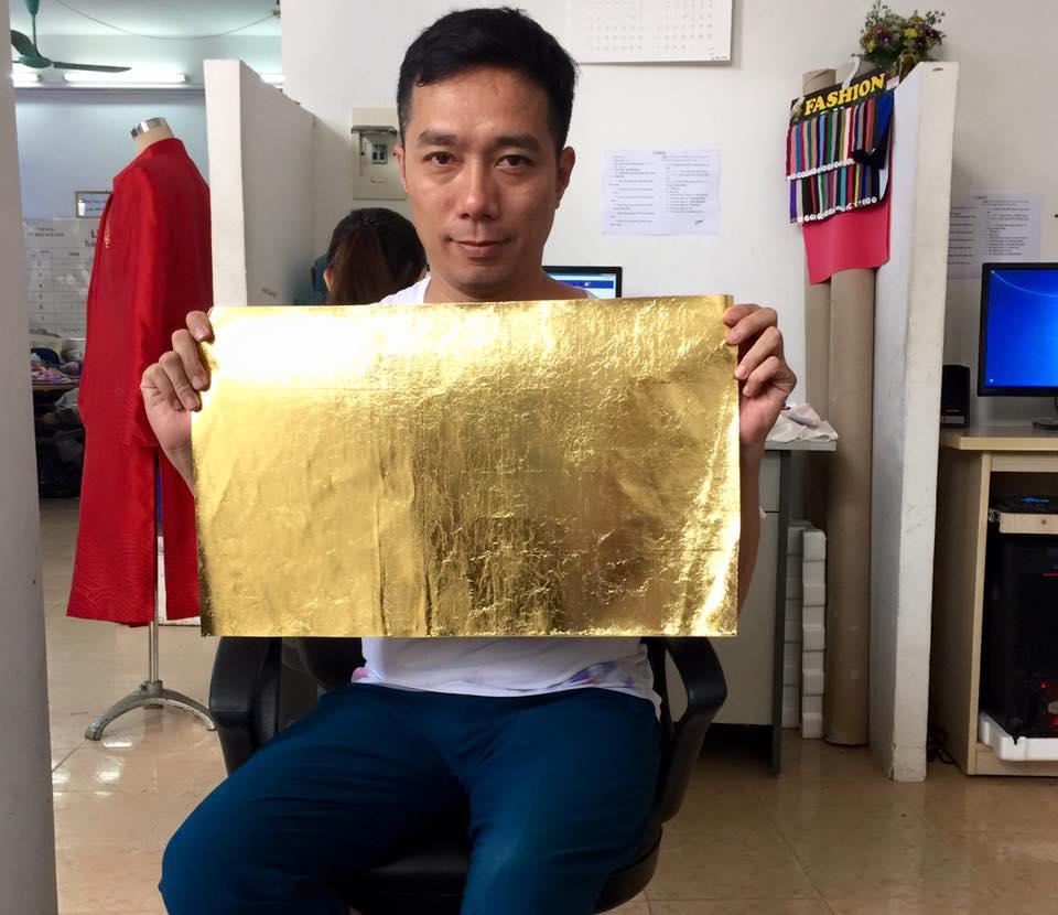 Sự thật đằng sau áo dài dát vàng 6000 USD của Chí Anh - 4