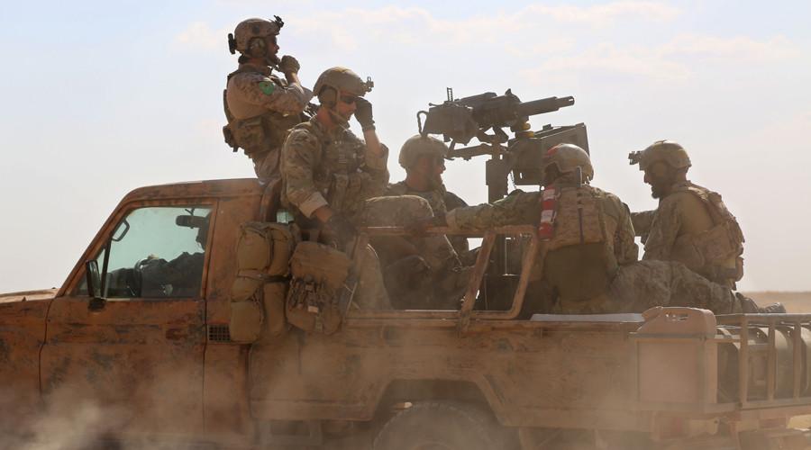 Đặc nhiệm Mỹ bị phe nổi dậy Syria xua đuổi, nhục mạ - 1