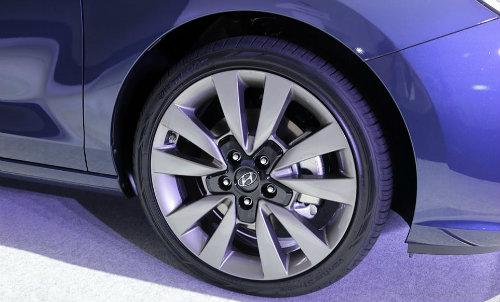 Hyundai i30 2017chính thức lộ diện, đối đầu Ford Focus - 4