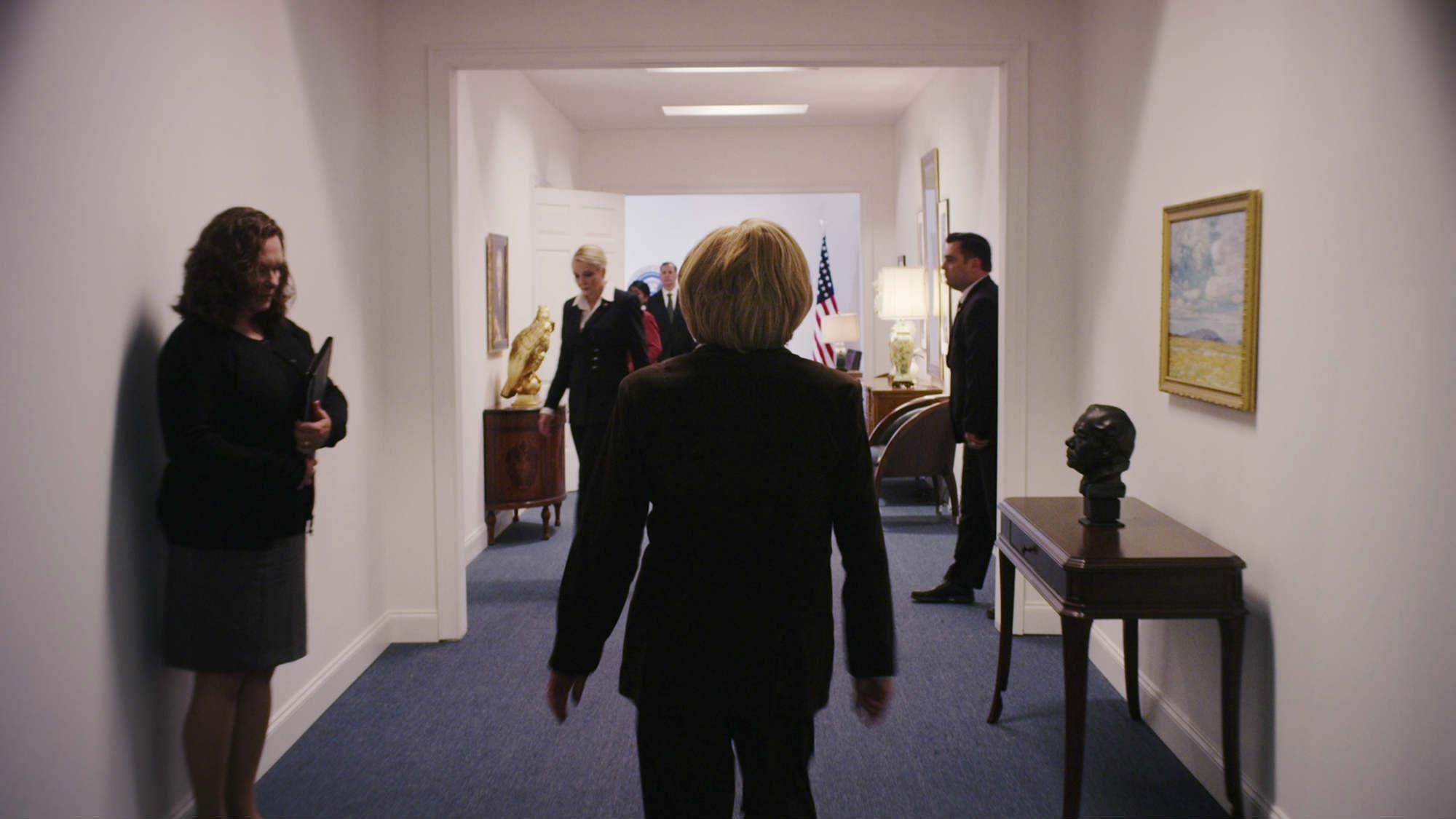 Những vai diễn cực chất về TT Obama và bà Clinton - 10