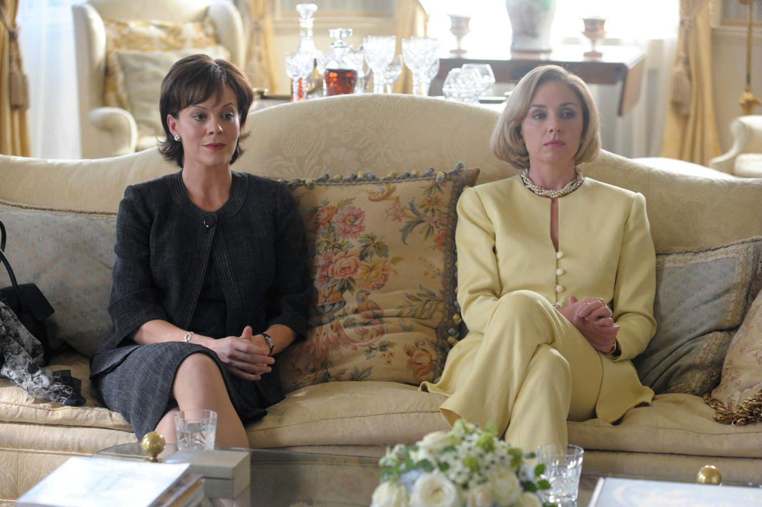 Những vai diễn cực chất về TT Obama và bà Clinton - 14