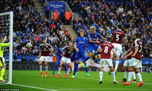 Leicester - Burnley: Tân binh tỏa sáng - 1