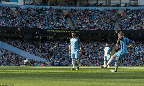 Fan Man City: Cho cũng không đổi De Bruyne lấy Messi - 3
