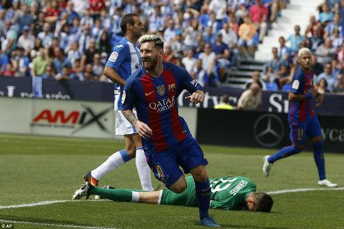 Barca đại thắng ở Liga, Messi nhận nhiều tin vui - 1