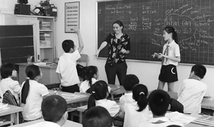 Dạy tiếng Anh trong trường phổ thông: Nên chọn SGK nước ngoài, dạy 12 năm - 1