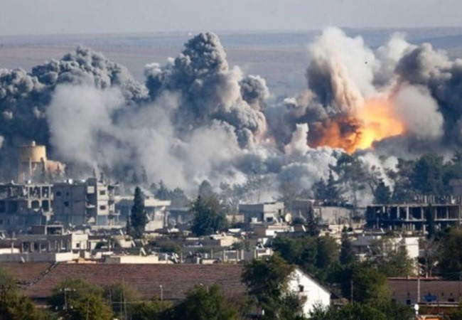 """Mỹ dội bom quân đội Syria vì tưởng nhầm """"xe tăng IS"""" - 2"""