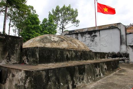 Lăng mộ cổ nằm trên khu đất 'long mạch' ở TP.HCM - 18