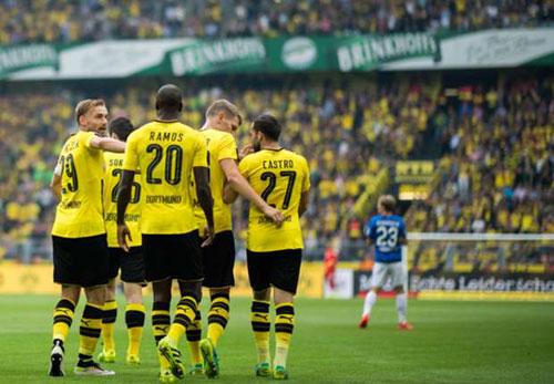 Dortmund - Darmstadt: 1 thẻ đỏ và 6 bàn thắng - 1