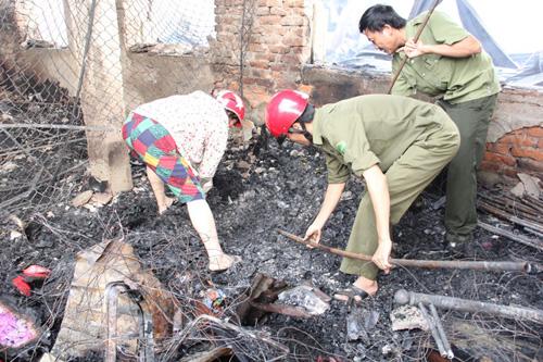 Vụ cháy 130 ki-ốt: Hàng trăm tỷ đồng thiêu rụi trong 1 đêm - 6