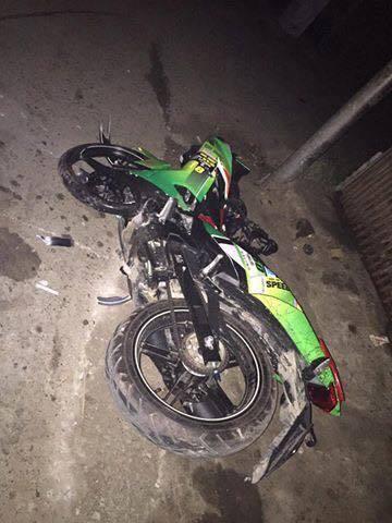 Hà Nội:  3 nam thanh niên tử vong bên cạnh chiếc xe máy - 1