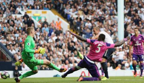 Tottenham - Sunderland: Sai lầm khó thứ tha - 1