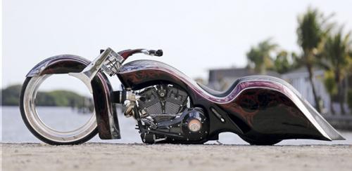"""""""Chết lặng"""" với Harley Road King độ bánh Hubless không chấu - 6"""