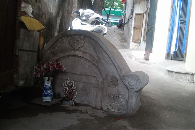 Bí ẩn những nấm mộ hoang ở giữa Thủ đô - 1