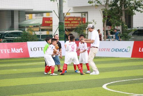 Lotte - Cầu thủ nhí: Hào hứng trận đấu thứ 2 của 10 cậu bé - 4