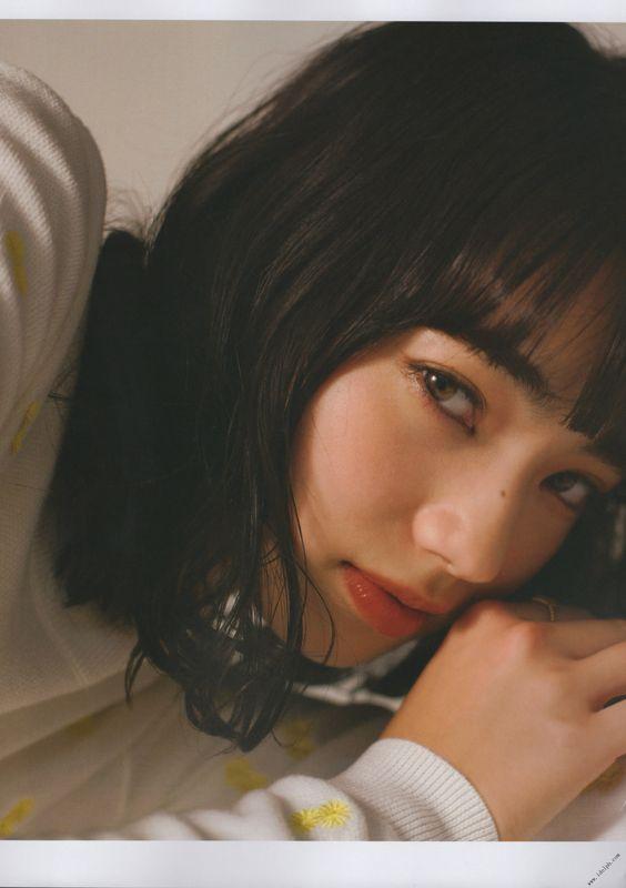 Ngất ngây trước vẻ đẹp trong veo của bạn gái G-Dragon - 6