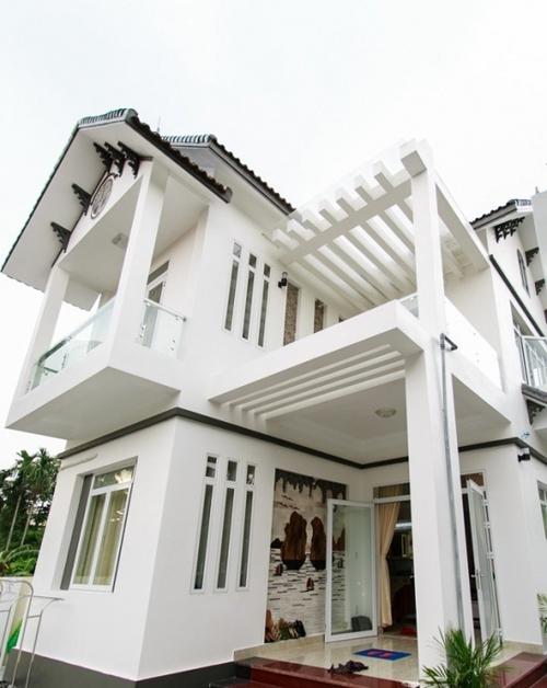 Choáng với nhà của Phạm Hương tại Sài Gòn và ở quê - 7