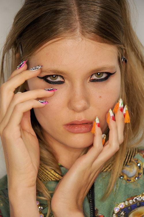 Những mẫu nail siêu độc tại New York Fashion Week - 1