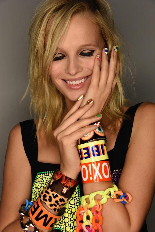 Những mẫu nail siêu độc tại New York Fashion Week - 3
