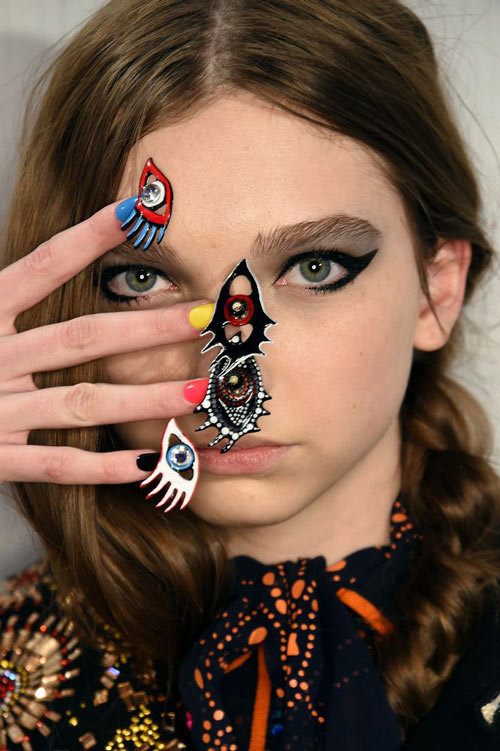 Những mẫu nail siêu độc tại New York Fashion Week - 2