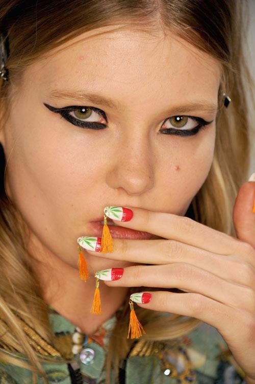 Những mẫu nail siêu độc tại New York Fashion Week - 7