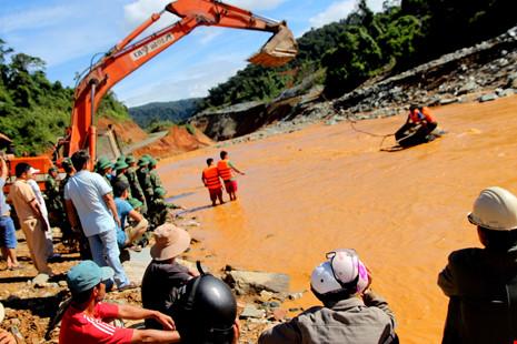 Thủy điện Sông Bung 2 bị vỡ, thiệt hại 5 tỉ đồng - 1