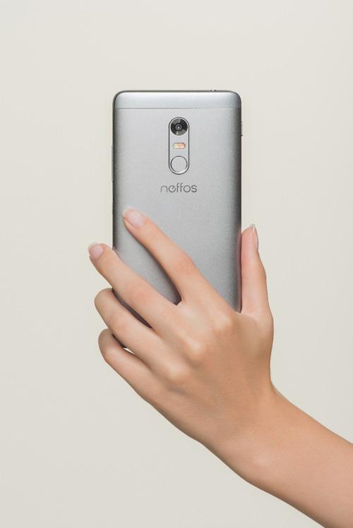 TP-Link ra mắt dòng điện thoại thông minh mới - 3