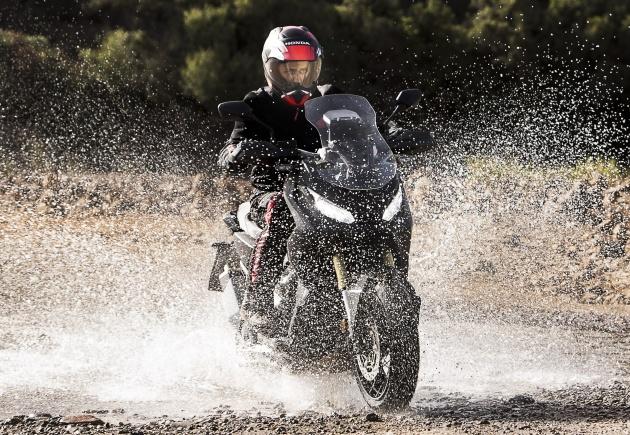 2017 Honda X-ADV Adventure scooter đi vào sản xuất - 1