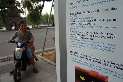 Khóc, cười với máy bán hàng tự động ở Hà Nội - 6