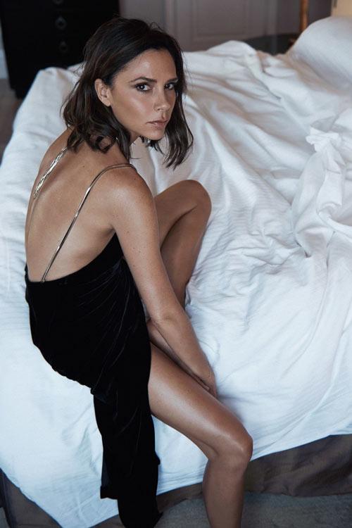 Victoria Beckham đẹp trầm lắng trên Vogue UK - 2
