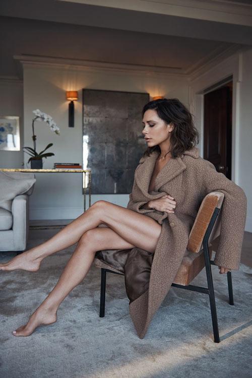 Victoria Beckham đẹp trầm lắng trên Vogue UK - 6