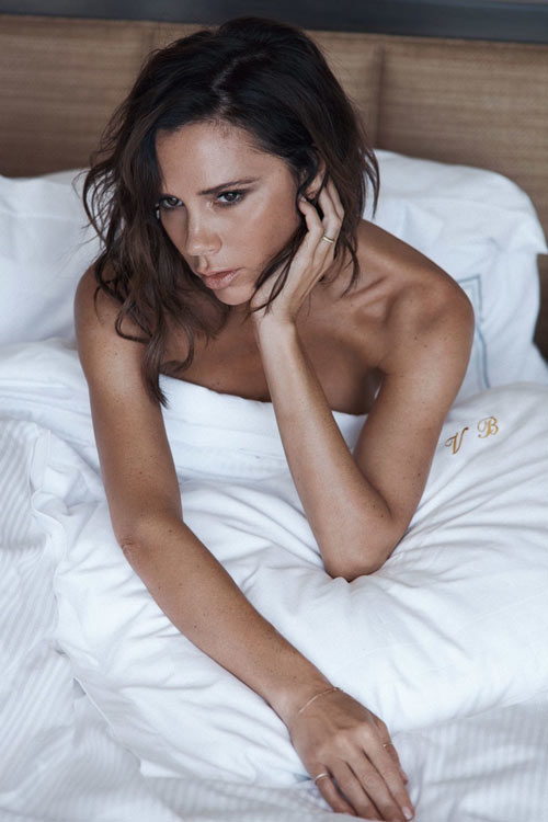 Victoria Beckham đẹp trầm lắng trên Vogue UK - 5