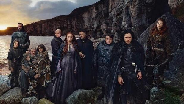 """Tất tật về phim 18+ """"nghẽn sóng"""" HBO cuỗm 38 giải Emmy - 3"""
