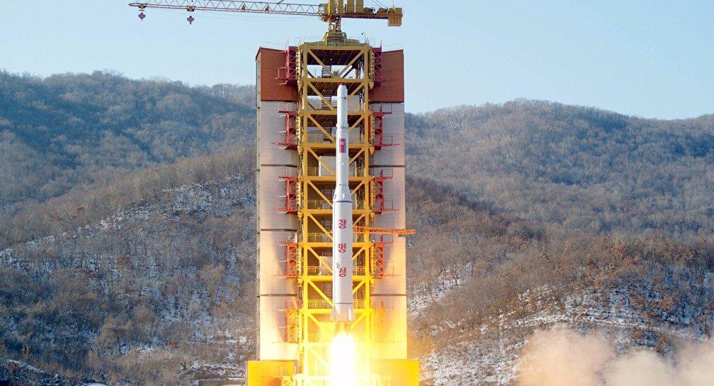 Triều Tiên thử động cơ tên lửa, chuẩn bị phóng vệ tinh - 1