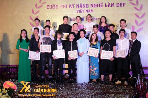 Doanh nhân Xuân Hương tiếp tục cống hiến cho Làm đẹp trên cương vị mới - 3