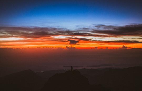Chạm vào mây trên đỉnh Rinjani - 9