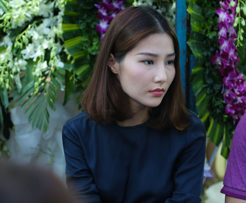 Hoài Linh đi xe máy lặng lẽ đến viếng ca sĩ Minh Thuận - 11
