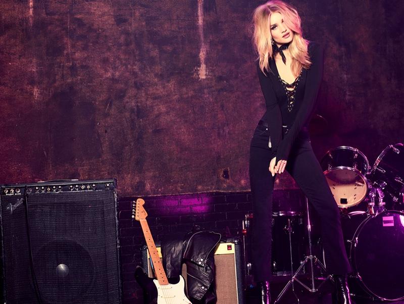 Thiên thần Victoria's Secrets hóa nàng rock chic nóng bỏng - 3