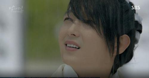 """""""Rùng mình"""" với ánh mắt ma mị của hoàng tử Lee Jun Ki - 5"""