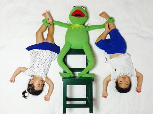 Cặp song sinh bỗng biến hình trong mỗi giấc ngủ - 5