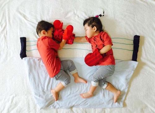 Cặp song sinh bỗng biến hình trong mỗi giấc ngủ - 9