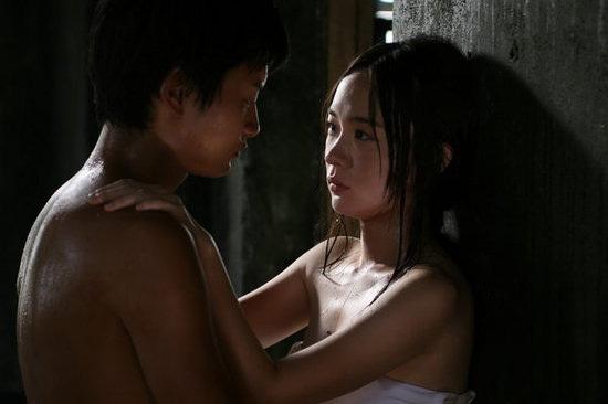 """Những cảnh """"trao thân"""" nghệ thuật trên màn ảnh Hoa ngữ - 13"""