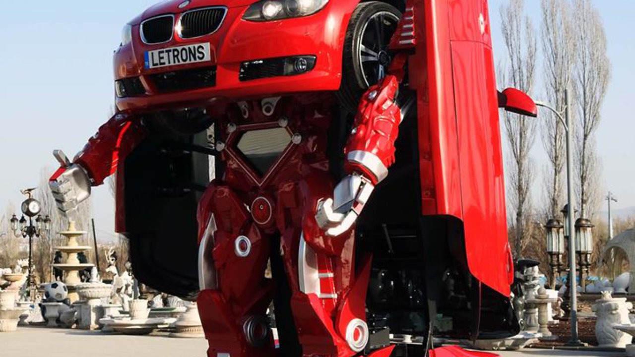 """Tận mắt ô tô """"hô biến"""" thành robot trong tích tắc - 5"""