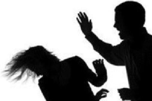 Bị truy sát vì nhậu xỉn ôm vợ bạn ngủ - 1