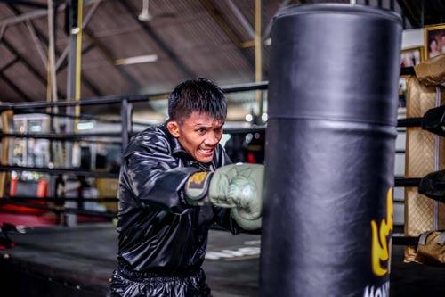 """""""Hoàng tử Muay Thái"""" tập điên cuồng chờ hạ nhà vô địch - 6"""