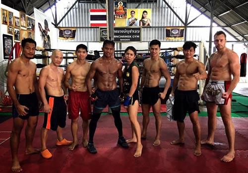 """""""Hoàng tử Muay Thái"""" tập điên cuồng chờ hạ nhà vô địch - 9"""