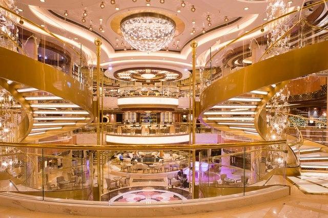 Tiết lộ sốc của người làm việc trên du thuyền xa xỉ - 4