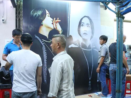 Ngộp thở với đám đông chờ đêm nhạc tiễn đưa Minh Thuận - 4
