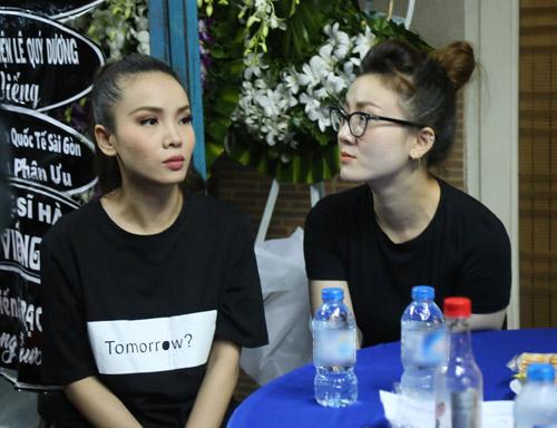 Ngộp thở với đám đông chờ đêm nhạc tiễn đưa Minh Thuận - 9